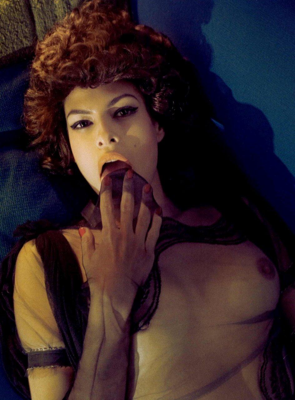 Eva Mendes Totally Naked 12