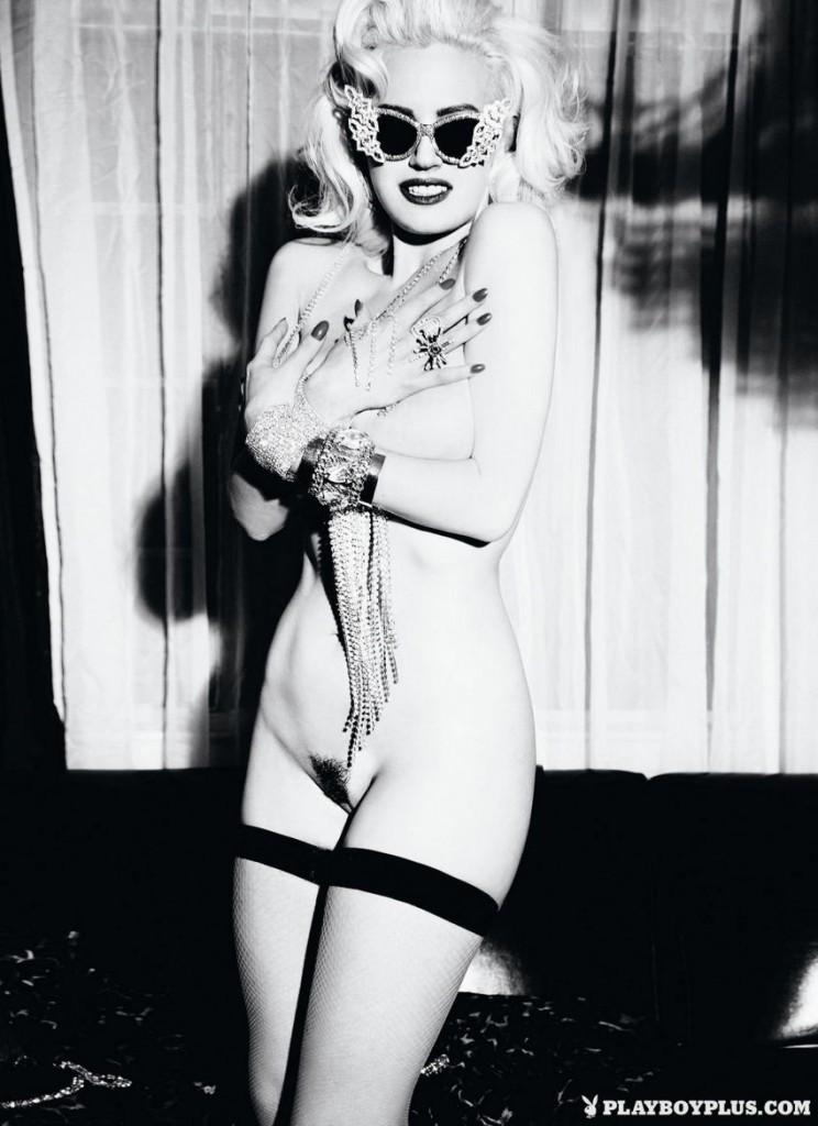 Gia Genevieve Naked 07