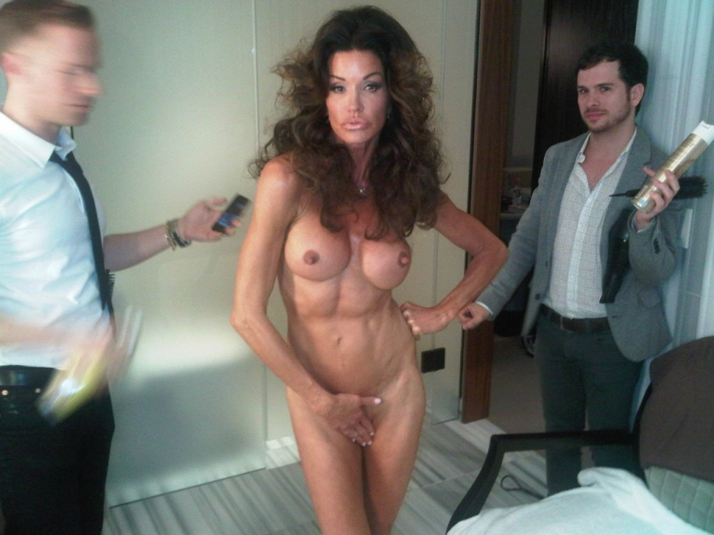 Janice Dickinson Naked (1 Photo)