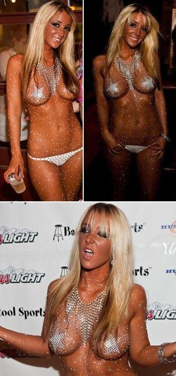 Jenna Marbles in Bikini (4 Photos)