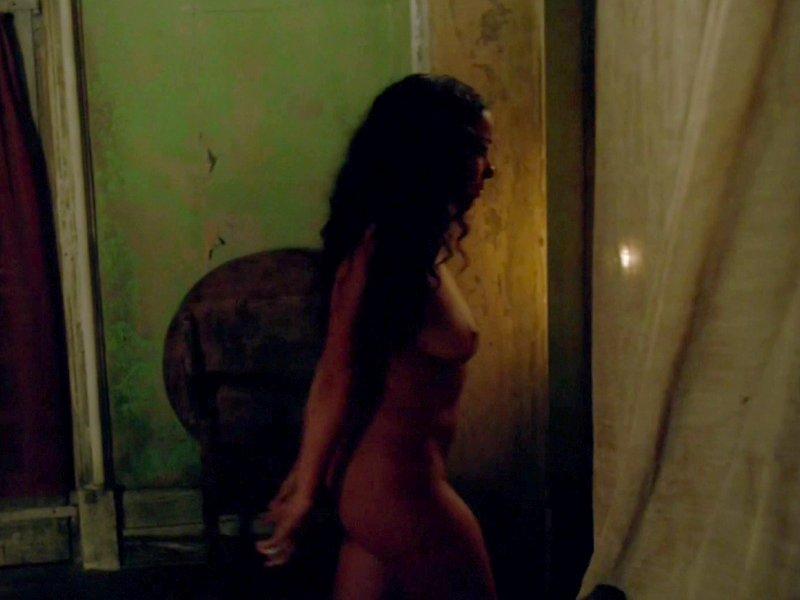 Jessica Parker Kennedy Naked 15