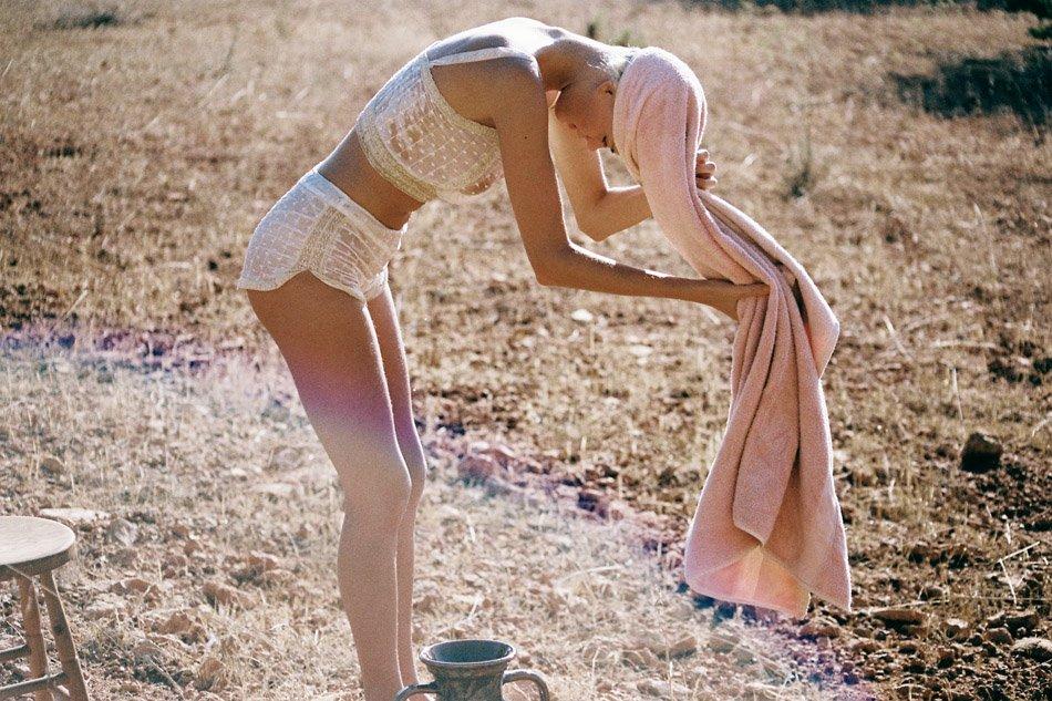 Julia Almendra Naked 14