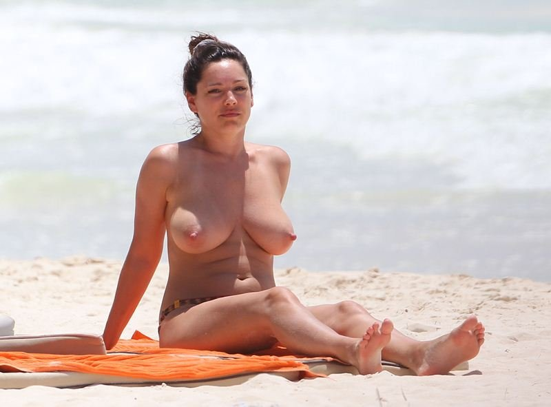 Heaven kelly brook topless pictures