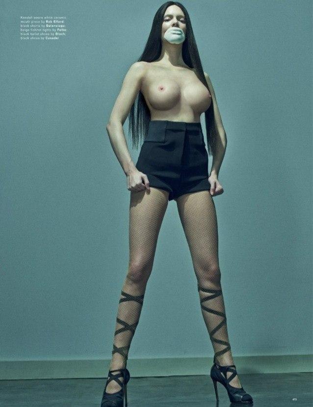 Kendall Jenner Naked (10 Photos)