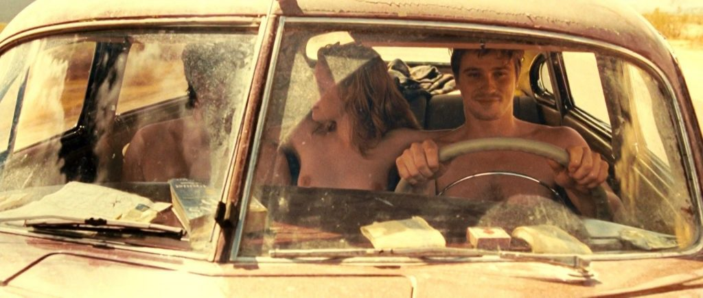 Kristen Stewart Naked – On the Road (12 Photos + GIF & Video)