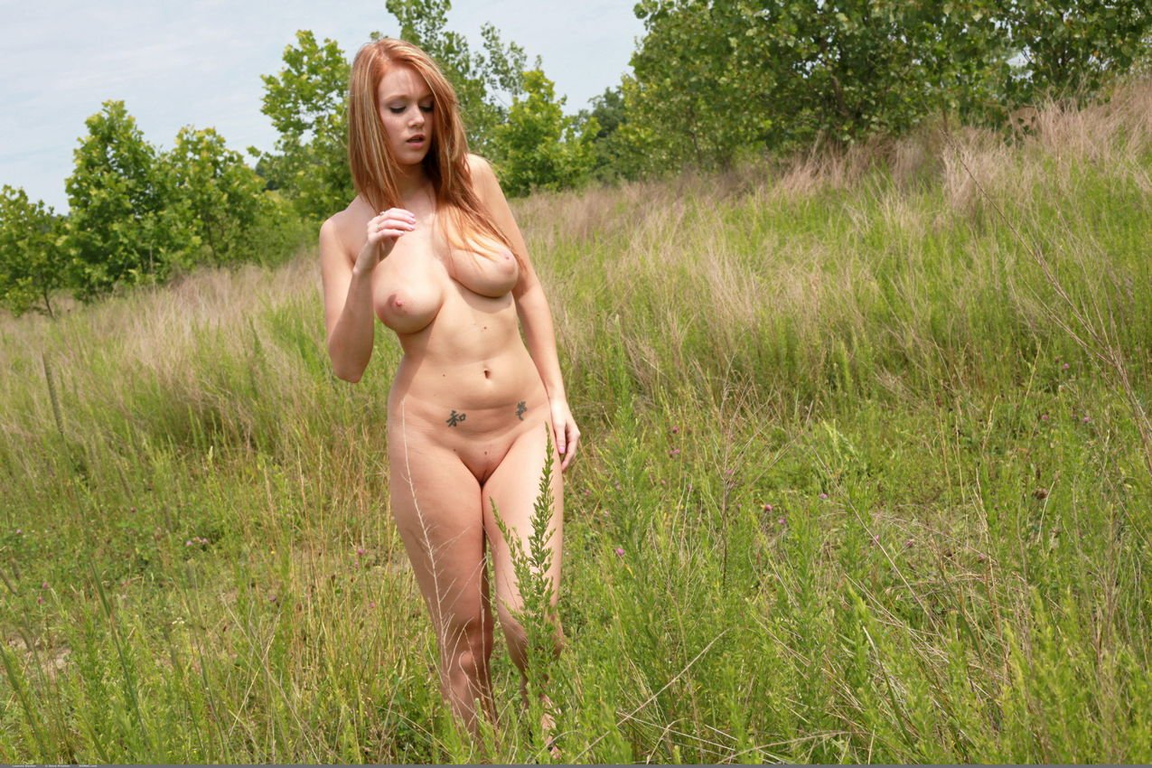 Leanna decker nude photos