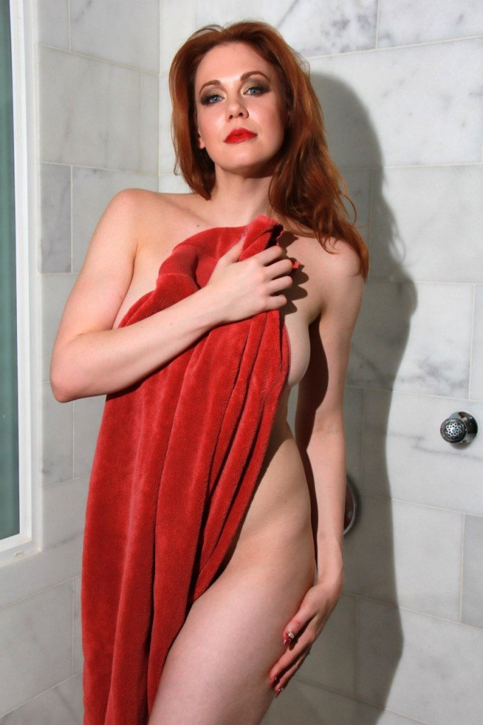 Maitland Ward Naked 035