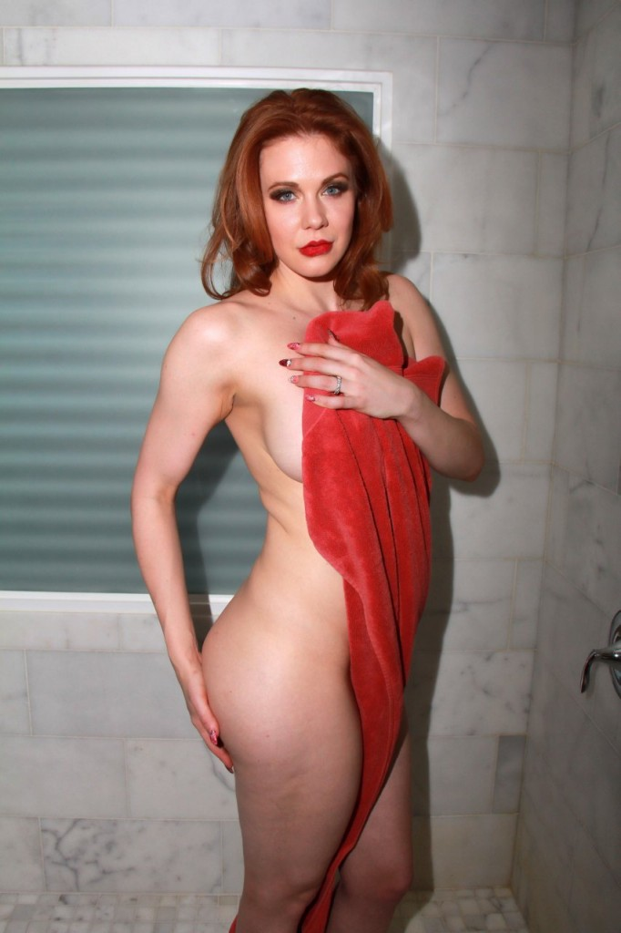 Maitland Ward Naked 041
