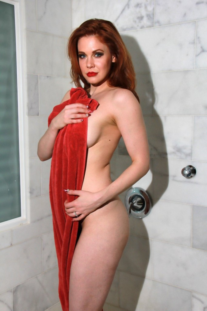 Maitland Ward Naked 045