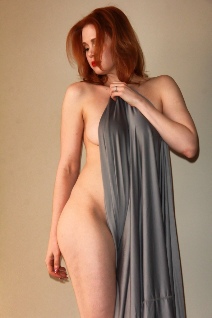Maitland Ward Naked 060
