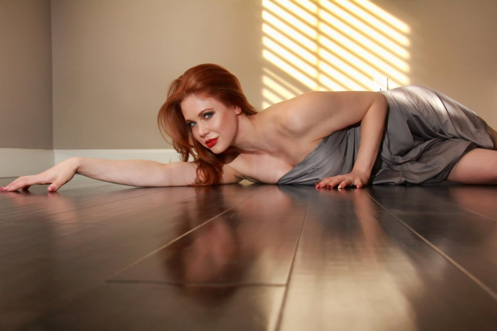 Maitland Ward Naked 110
