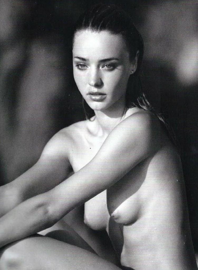 Miranda Kerr Naked 01