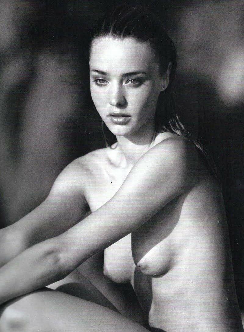 miranda kerr topless photos