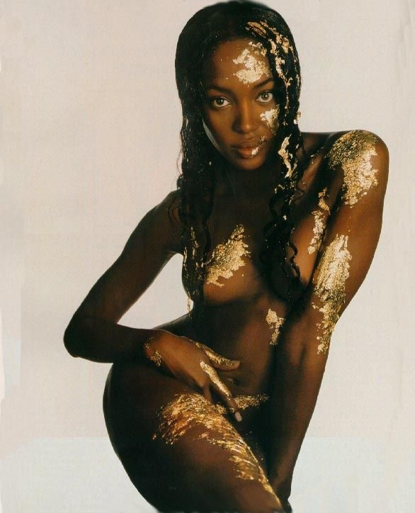 Naomi-Campbell-Naked-32.jpg