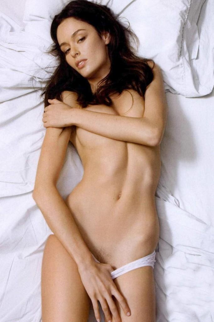 Nicole Trunfio Naked 01