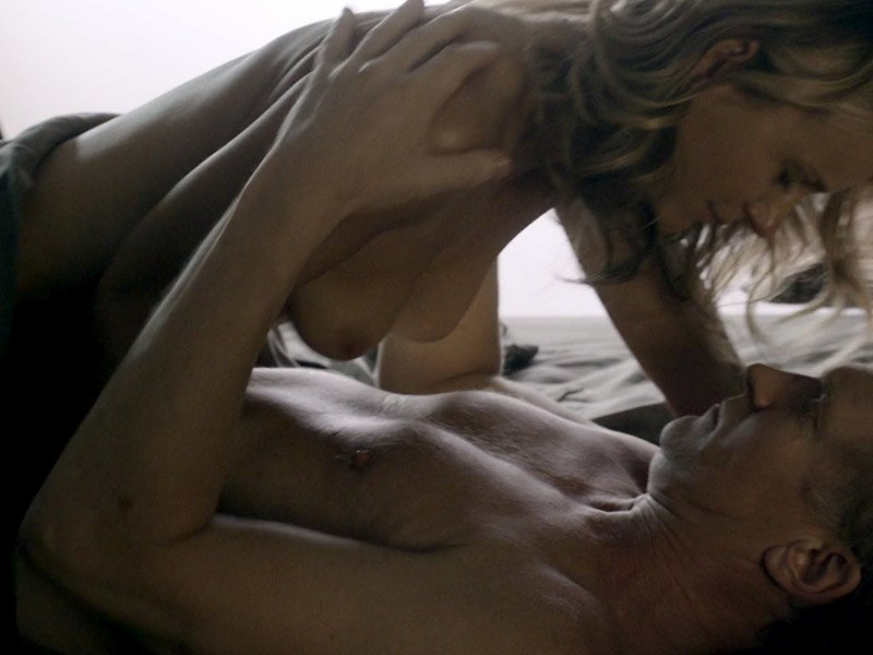 topless Jennifer clark