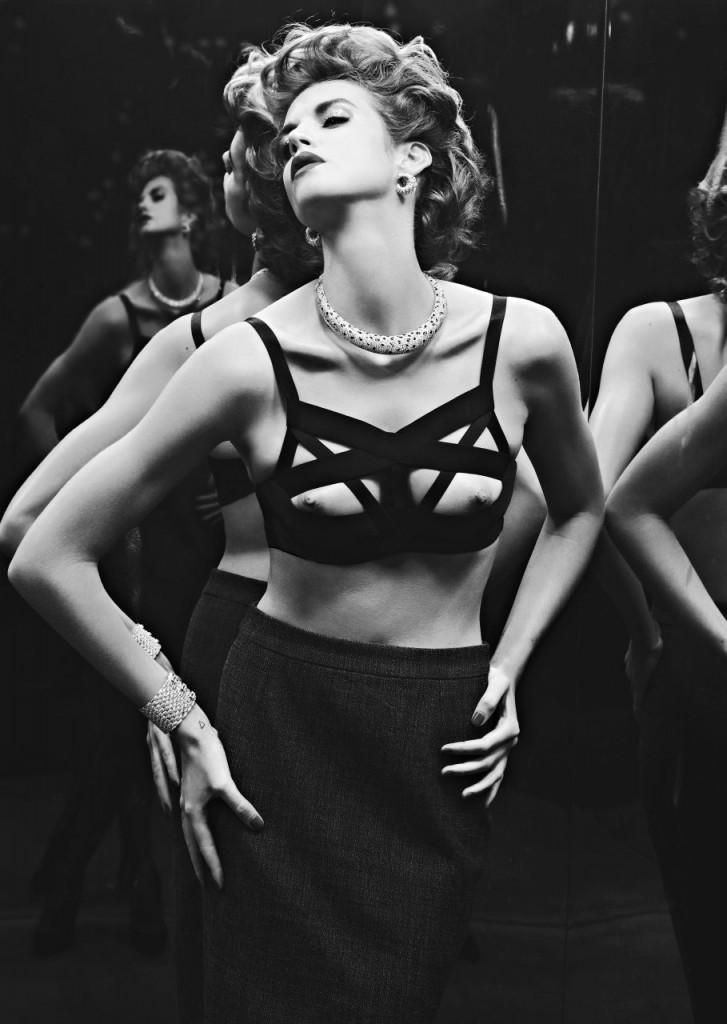 Alice Baton Topless 02
