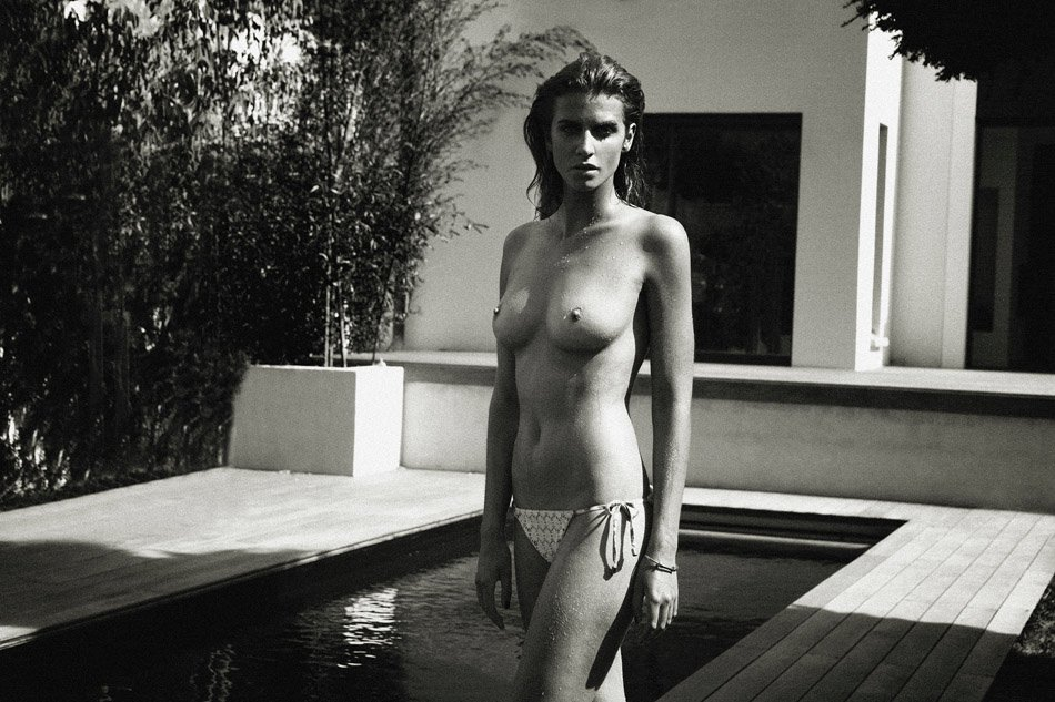 Alice Baton Topless 10
