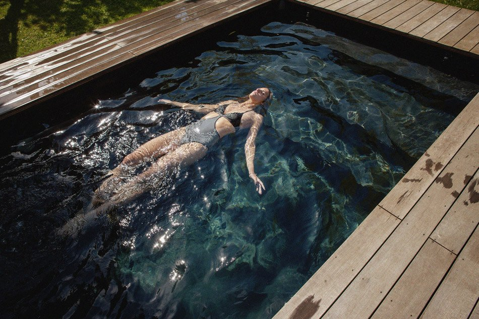 Alice Baton Topless 12