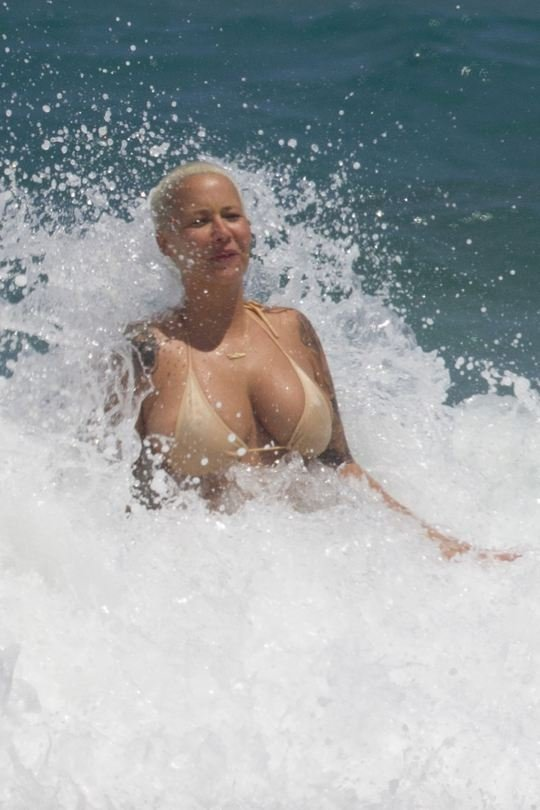 Amber Rose Topless 20