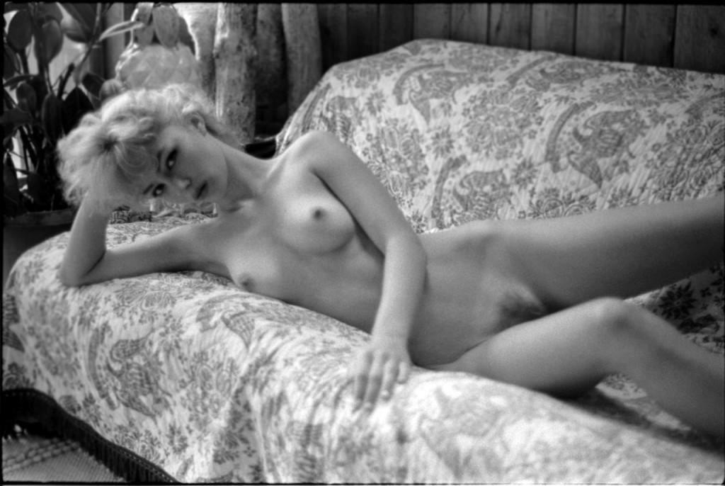 Amy Nicole Hood Naked (13 Photos)