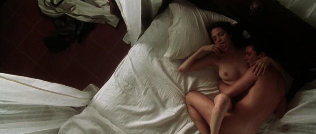 Angelina Jolie Nude Gag Report 31
