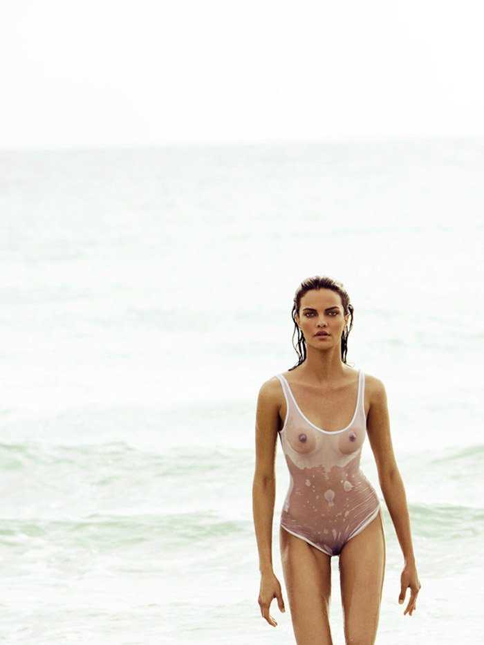 Barbara Fialho Naked 01