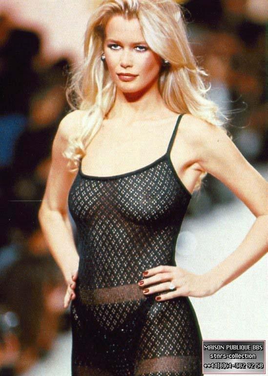 Claudia Schiffer Naked (13 Photos)