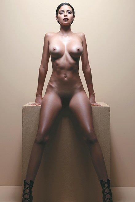 Isabella Obregon Naked 04