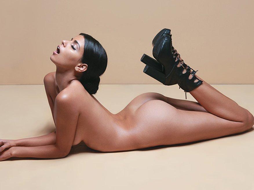 Isabella Obregon Naked 05