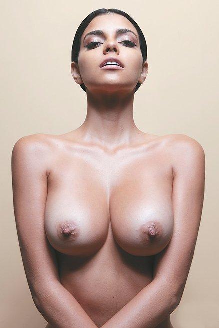 Isabella Obregon Naked 06