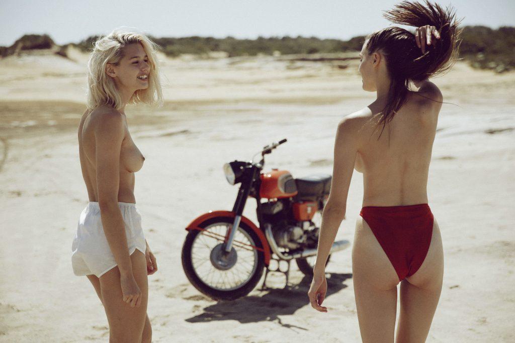 Jana Kruger & Lola McDonnell Topless (13 Photos)