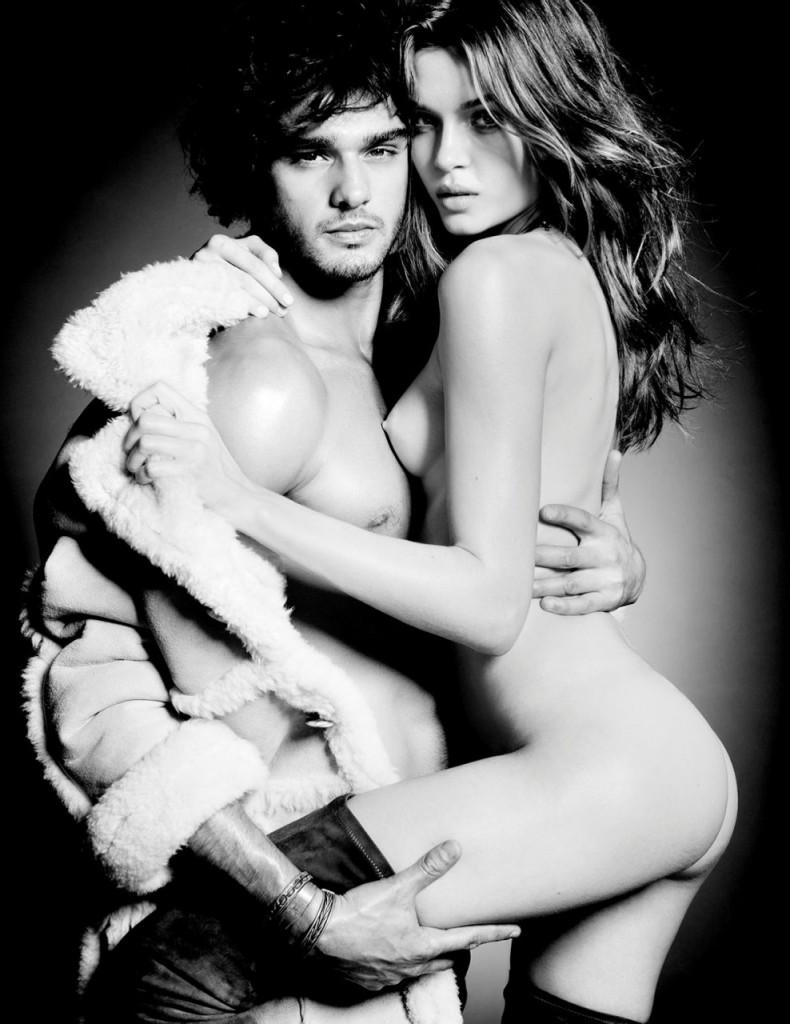 Josephine Skriver Naked (6 Photos)