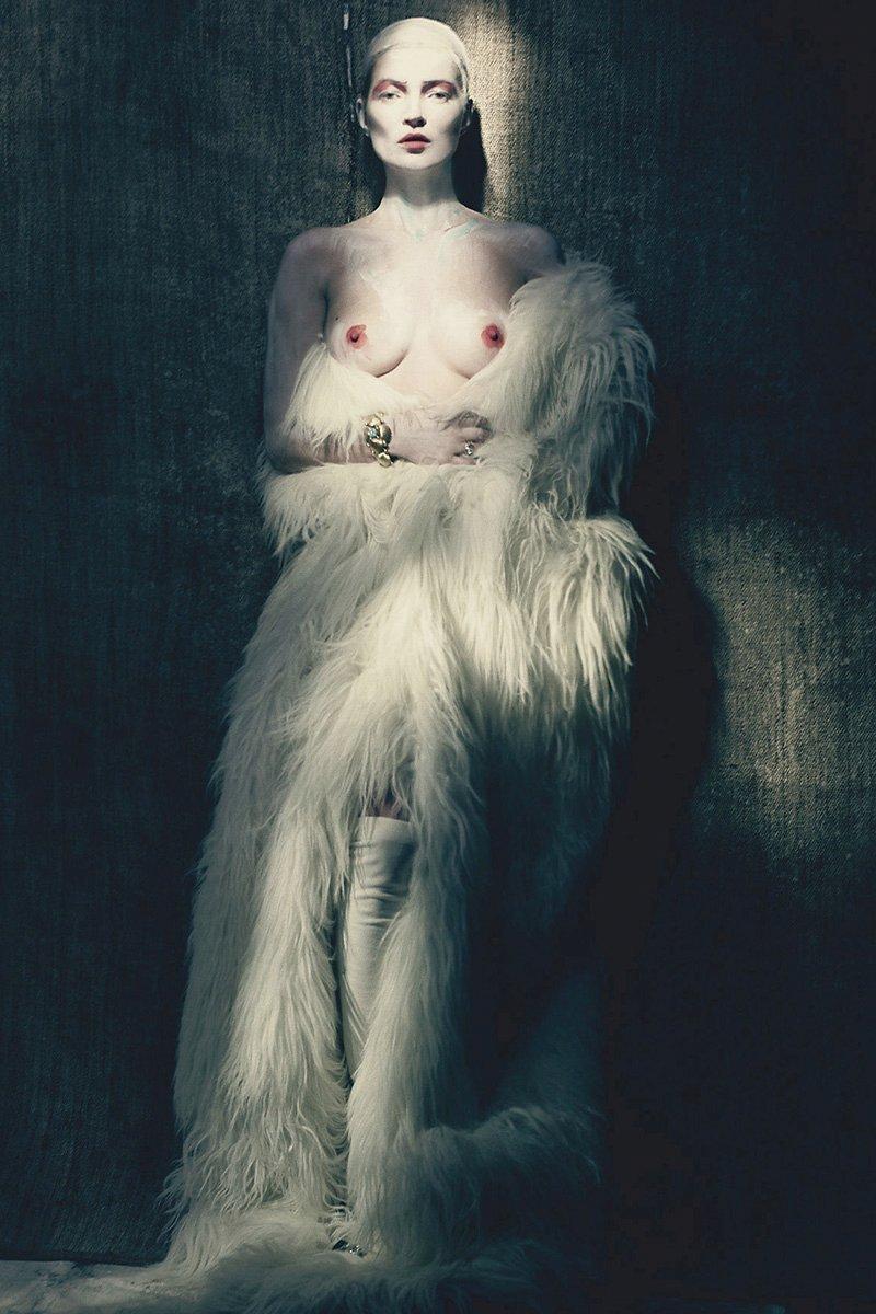 Kate Moss Nude Photos 74