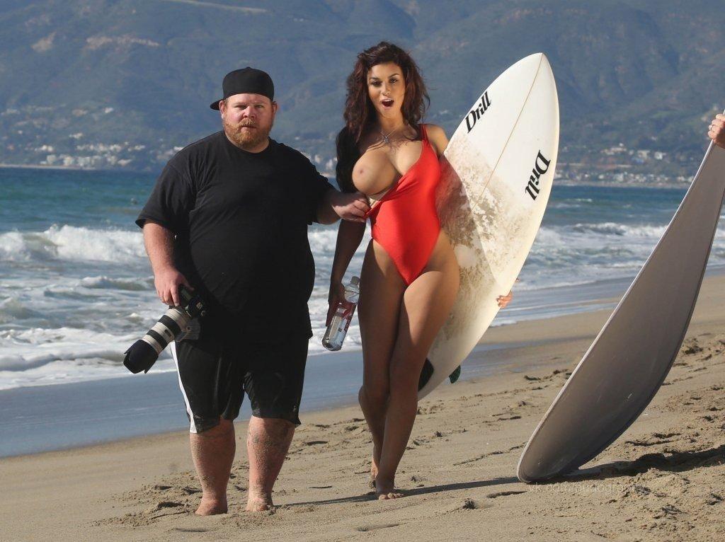 Kaylee J Lavigne Topless (16 Photos)