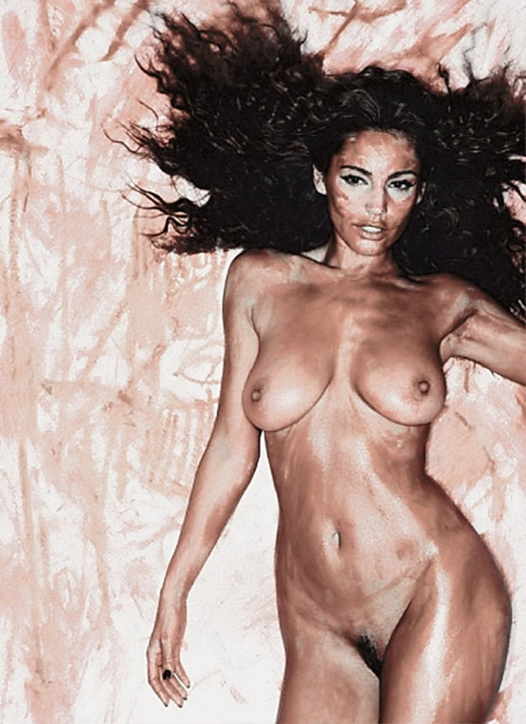 Kelly brook nude pics