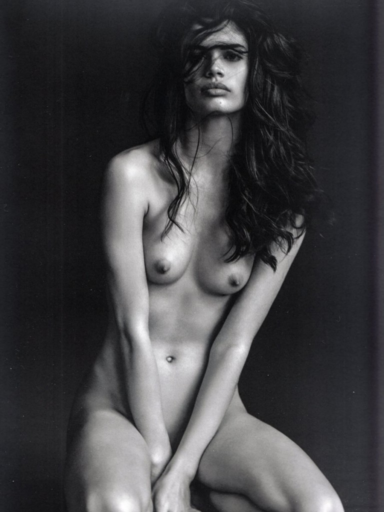 Carla gugino y lucy lui desnudas