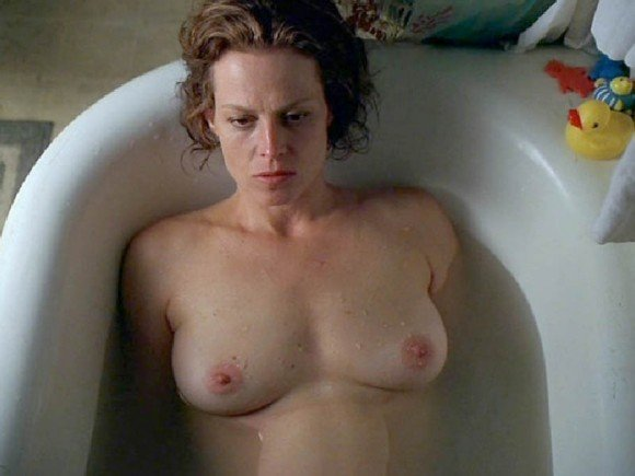 Sigourney Weaver Naked (9 Photos)