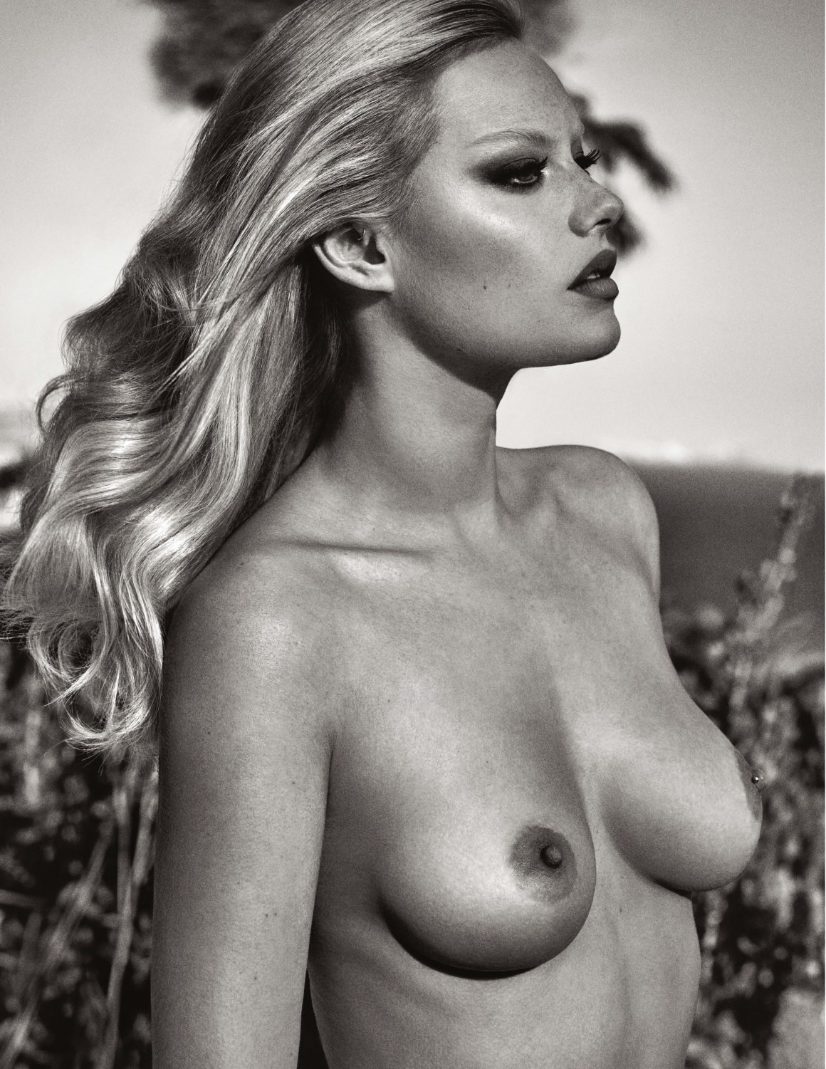 Camille Rowe Naked (7 Photos)
