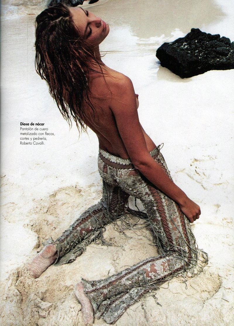 Daria-Werbowy-Topless-10
