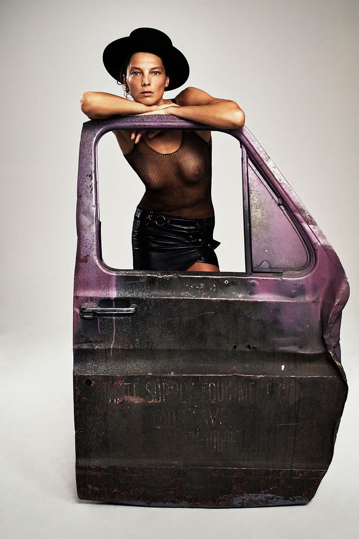 Daria-Werbowy-Topless-3