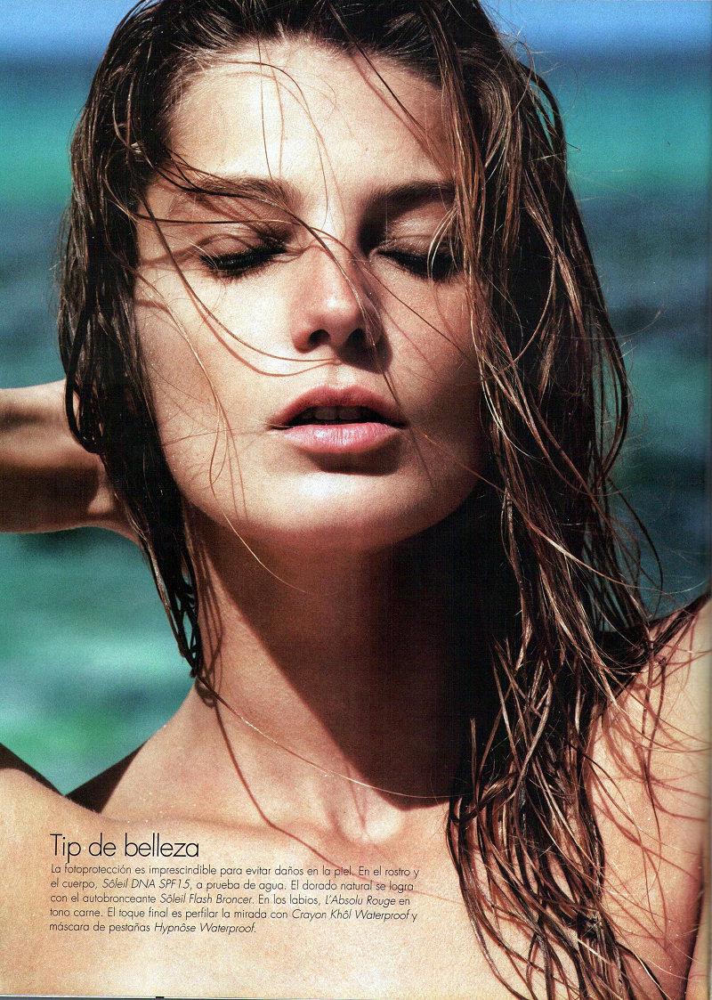 Daria Werbowy Topless (12 Photos)