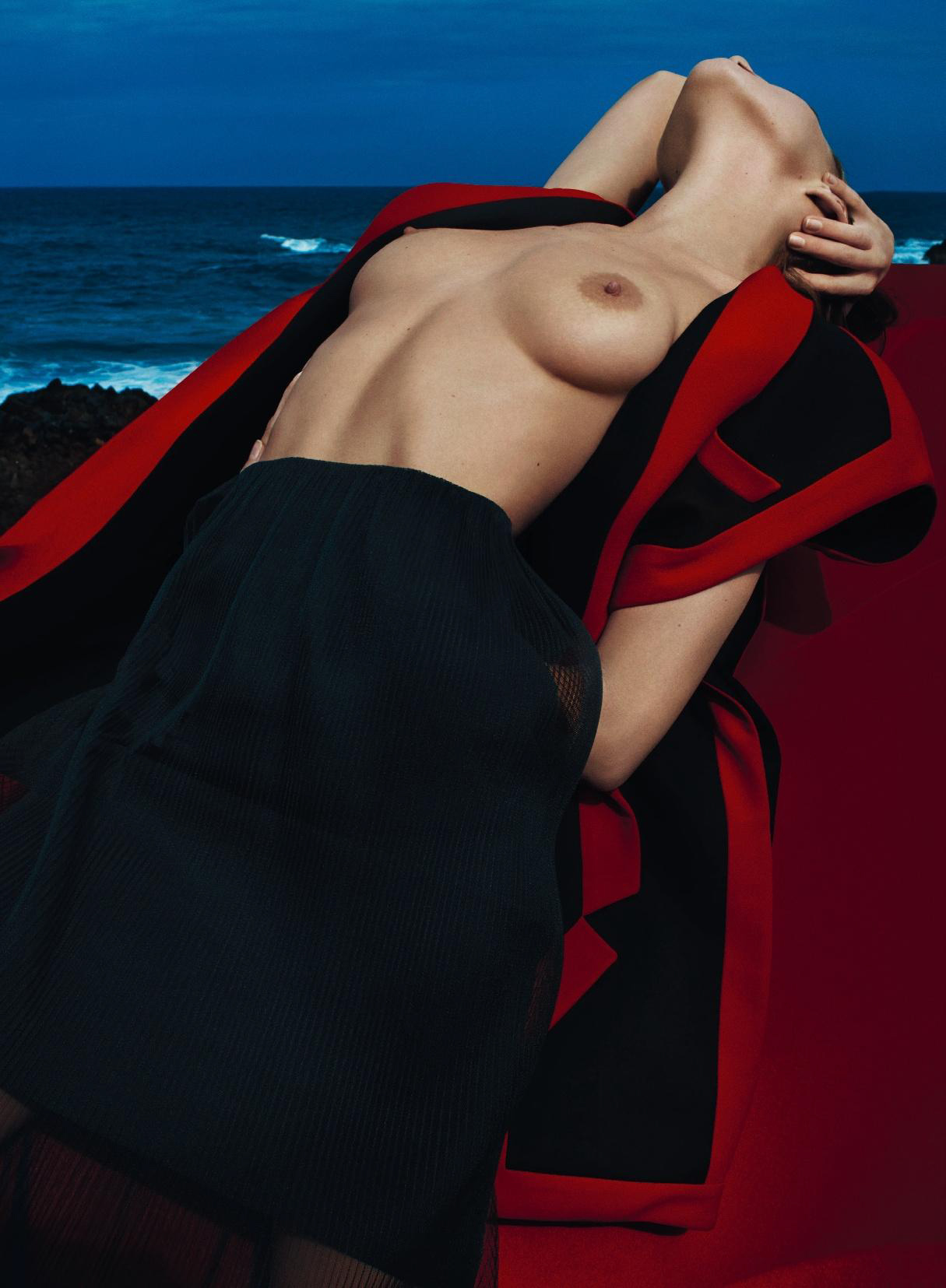 Eliza-Cummings-Topless