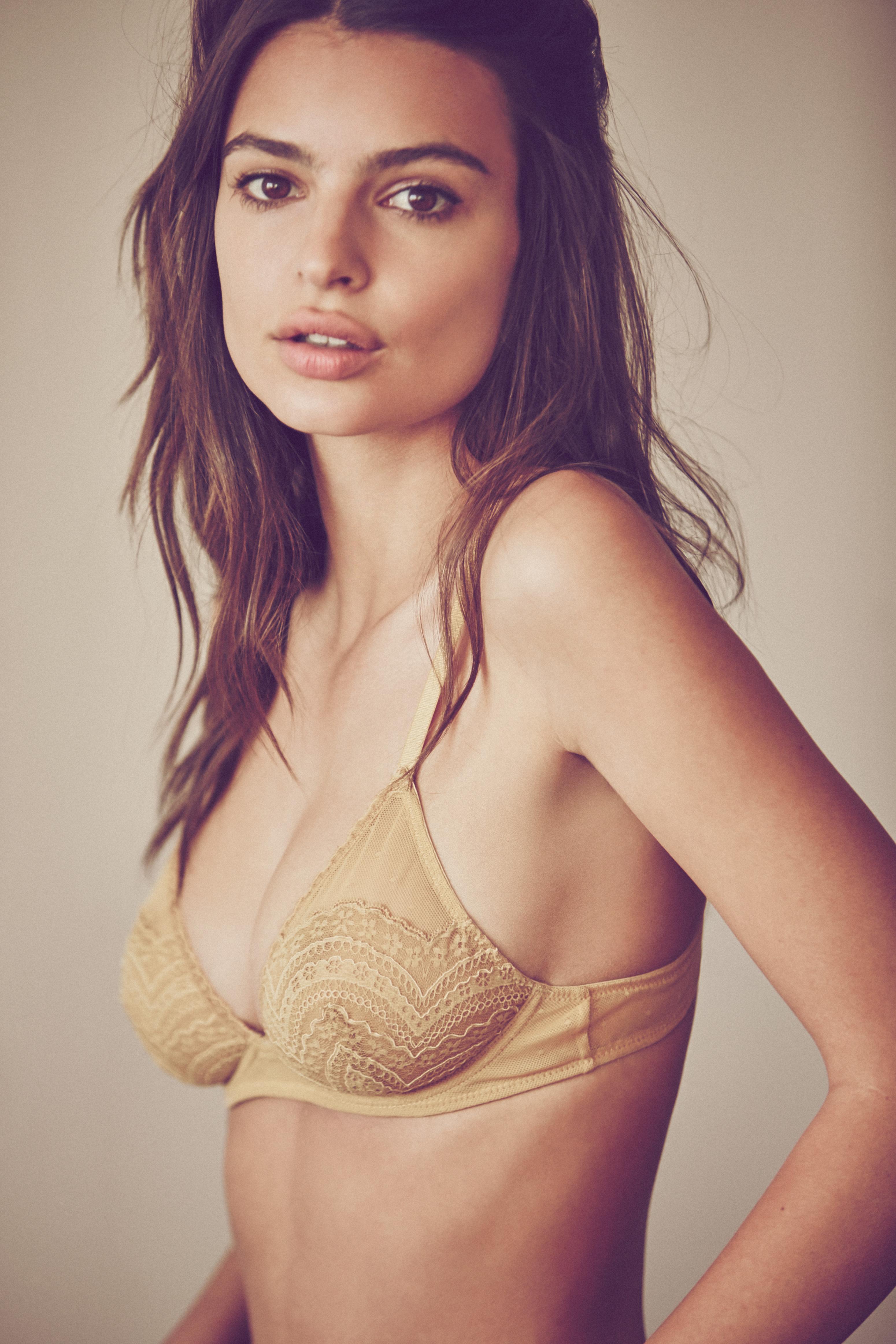 nude tasteful mature women photo