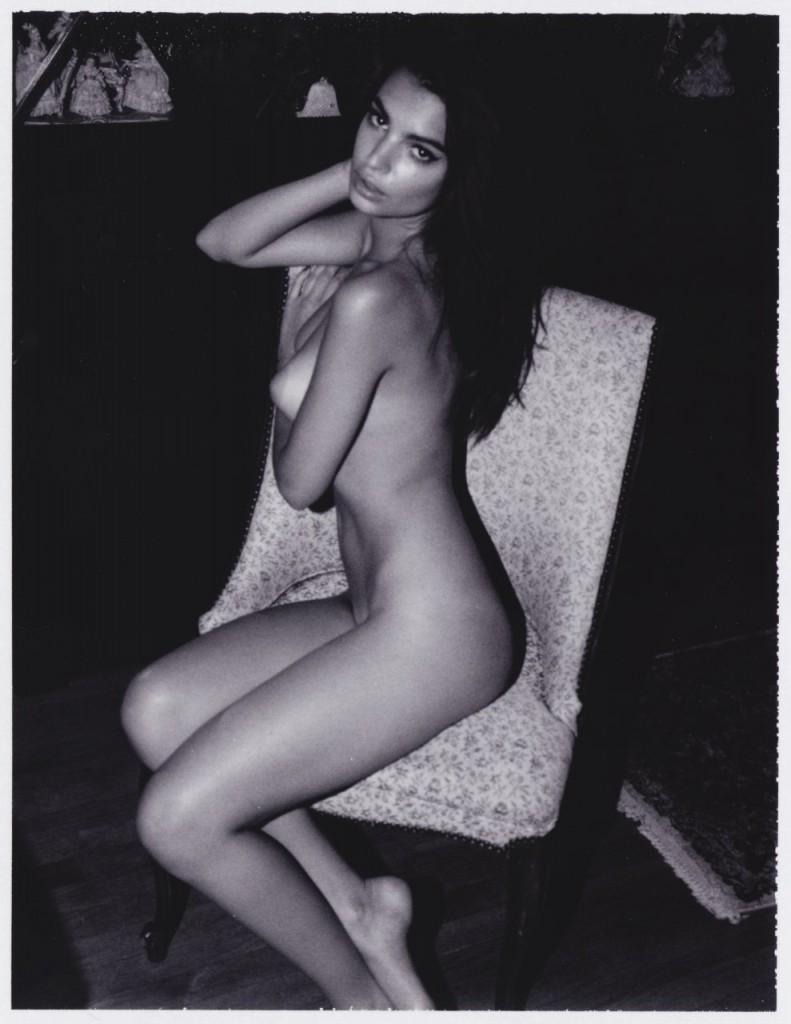 عارضة الأزياء إميلي راتاجكوسكي صاحبة الجسد المثالي