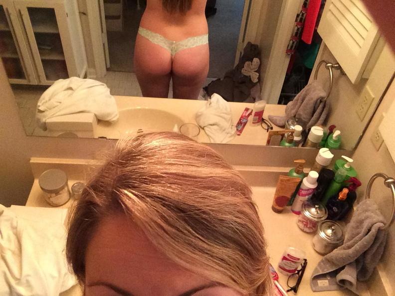 Naked Jennette Mccurdy