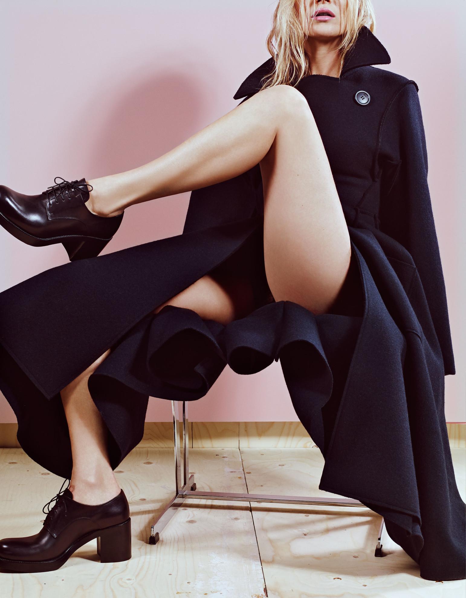 Kate Moss Naked (8 Photos)