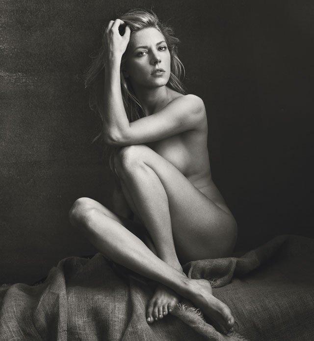 Katheryn Winnick Naked 01