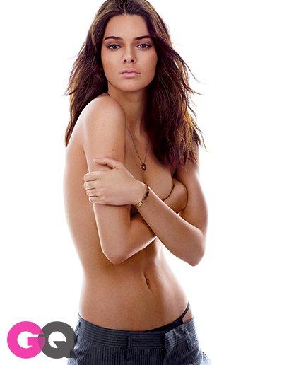 Kendall Jenner Topless (5 Photos)