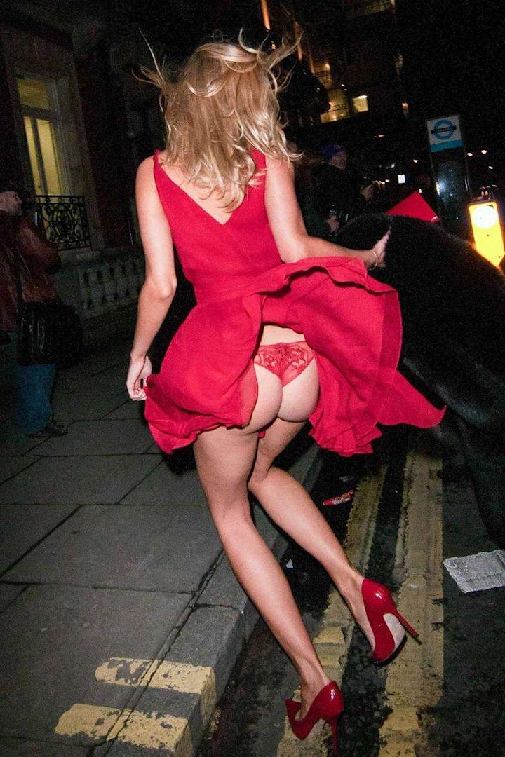 Kimberley Garner Hot Ass Upskirt & Nipple Slip (5 Photos)
